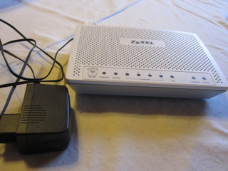 Router, wireless, ZyXEL P-2601HN-F1