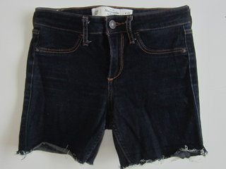 Str. ca. 140, Abercrombie & Fitch shorts