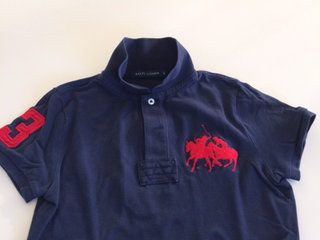 Marineblå polo-shirt fra Ralph Lauren