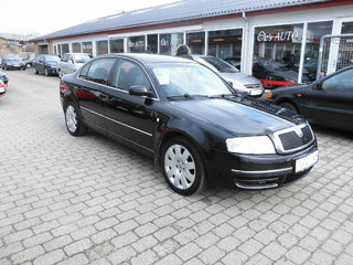Superb 1,9 TDi Elegance Tiptr.