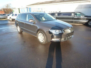 Superb 2,0 TDi 140 Ambition Combi