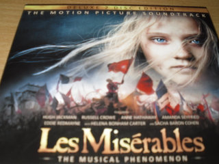 Deluxe 2 dish LES MISERABLES.