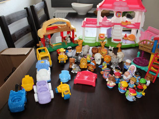 Fisher Price House and other FP things
