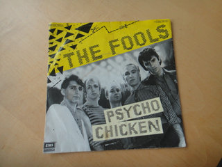 SINGLE - The Fools - Psycho Chicken