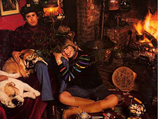 Captain & Tennille - Come In From The Ra