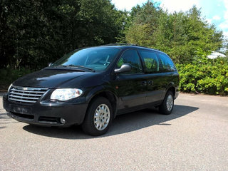 Grand Voyager 2,8 CRD Limited aut.