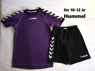 218) str 140 Hummel shorts og t-shirt
