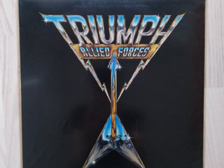 LP, Triumph (Allied forced)