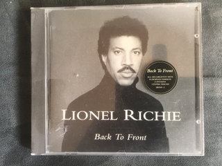 Lionel Riche - Back to front