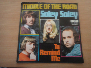 SINGLE - Middle of the Road -Soley Soley