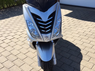 Scooter peugoet city star 200I