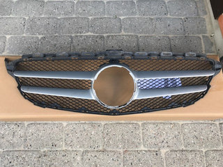 Frontgrill Mercedes C220d (Type W205)