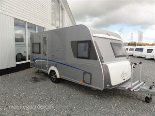 2010 - Bürstner Averso Fifty 460 TS