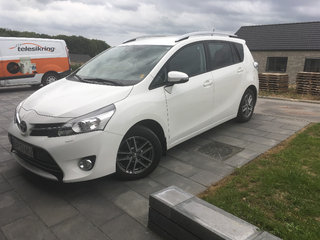 Toyota verso bud modtages