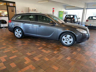 Opel Insignia 1,6 T 180 Edition ST - 4