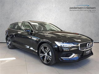 Volvo V60 2,0 T8 Twin Engine Inscription AWD 390HK Stc 8g Aut.
