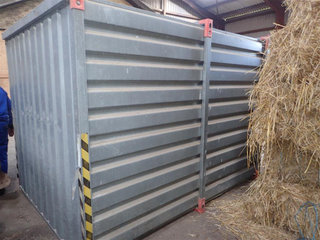 - - -  Opbevaringscontainer 2,0 x 2,5 m. - 2