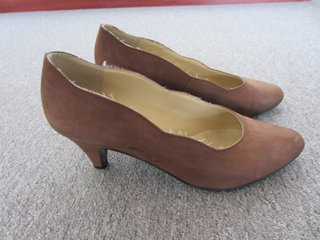 Smarte lys brune pumps i str. 37