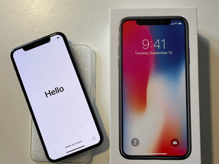 Sort IPhone X, 64 GB