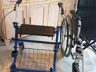 Rollator i fin stand