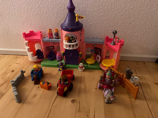 Fisher Price little People slot