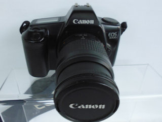 Canon EOS 1000 m/org 28-80mm EF zoom