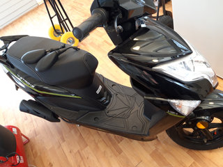 "45""ere scooter VGA Explora"