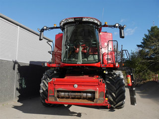 Case IH Axial Flow 8240  - 4