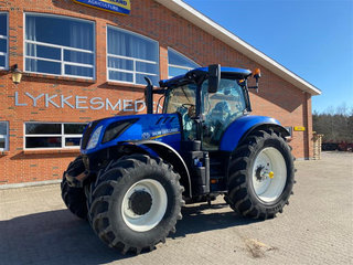 New Holland T7.230 PC Classic  - 2