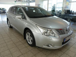 Toyota Avensis 2,0 D-4D DPF T2 126HK Stc 6g - 2