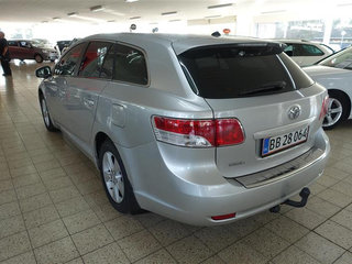 Toyota Avensis 2,0 D-4D DPF T2 126HK Stc 6g - 4