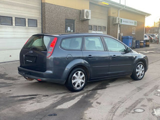 Ford Focus 1,6 Ghia Collection - 3