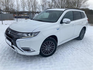 Mitsubishi Outlander 2,4 PHEV Instyle S Edition  4WD 224HK 5d