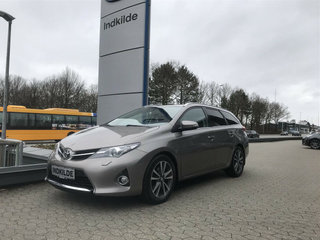 Toyota Auris 2,0 D-4D T3+ Touring Sports