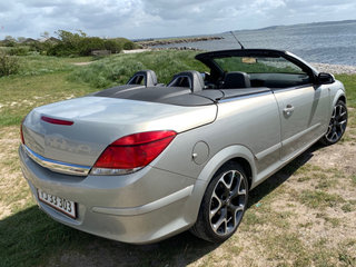 Astra Twintop 2,0 cabriolet 200HK