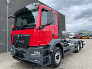 MAN TGS 26.360 6x4H-2 BL, Chassis