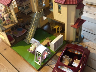 Sylvanian family hus, bil mm