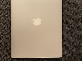 MacBook Air 13,3 Early 2015