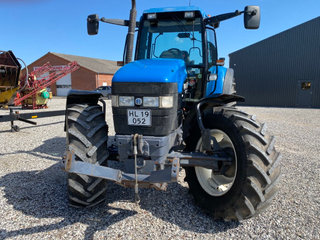 New Holland 8260 DL  med frontlift  - 3