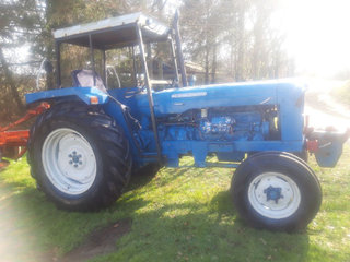 Fordson supermajor 6 cyl