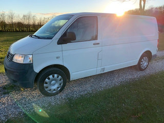 Nysynet VW Transporter 2,5 TDI Lang Model