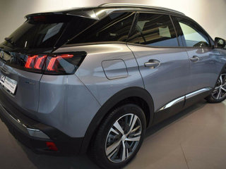 Peugeot 3008 1,6 Hybrid First Selection EAT8 - 5