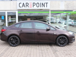 Opel Astra 1,4 T 140 Cosmo - 4