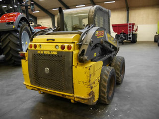 New Holland L218  - 3