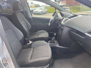 Peugeot 207 1,6 HDi 92 Active SW - 4