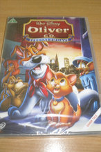 DISNEY; OLIVER OG CO; Ny i folie.
