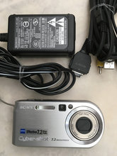 Sony Zeiss Effective 7.2 mp no dsc-P200